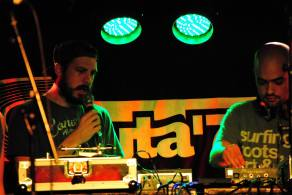Supah Frans, jump and prance, spain, españa, reggae, Dub, roots, rubadub, dubforce, radio, booking, artists, ponchita peligros, dubplates, free, ganja, jamaica, madrid 26