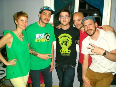 Supah Frans, jump and prance, spain, españa, reggae, Dub, roots, rubadub, dubforce, radio, booking, artists, ponchita peligros, dubplates, free, ganja, jamaica, madrid 30